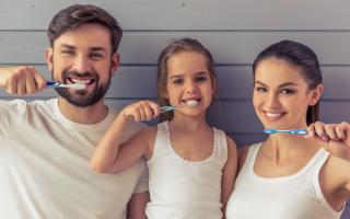 Зубная паста для чувствительных зубов: помощь в выборе