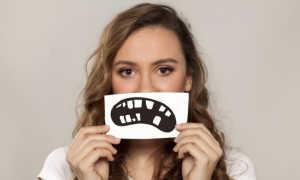 Наращивание зубов: что это, плюсы и минусы