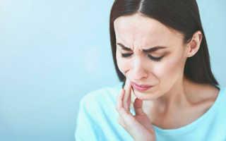 Почему после лечения зуба опухла щека?
